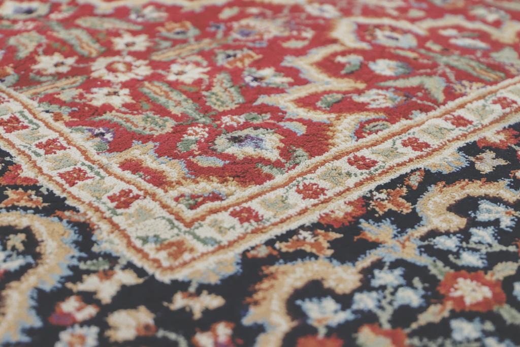 Studio-Christian-Radio-Oriental-Carpets