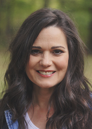 Jeana Gladstone - Christian Voiceover Artist